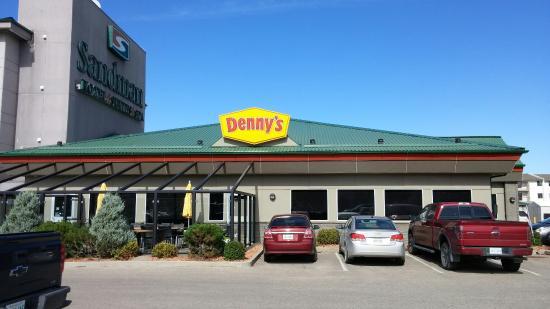 Denny S Regina 1800 E Victoria Ave Restaurant Reviews