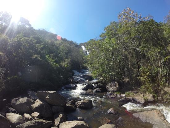 Joanopolis: Lugar maravilhoso ! A queda d'água é uma delicia !