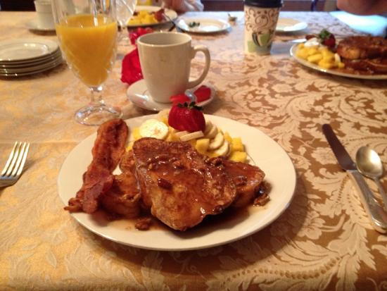 Noble Manor Bed and Breakfast: photo0.jpg