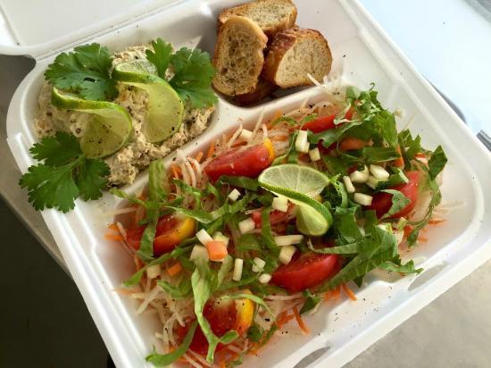 Salade de poisson aux rillettes de thon maison picture - Rillette de thon maison ...