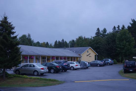 Sunnyside Motel & Cottages: Motel Rooms Also Available
