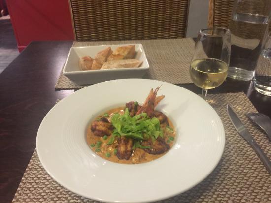L'ardoise : Grosses crevettes au saté, flambées au whisky lorrain, et risotto crémeux (Flambéed shrimp on ri