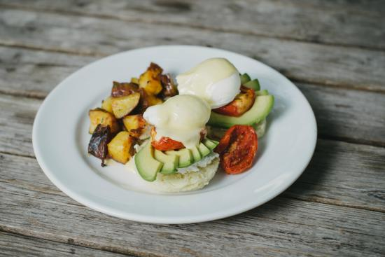 Fergie's Cafe: Avocado Benny