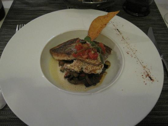 Taillades, Fransa: fish dish