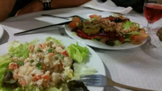 Hotel Les Roques: Primeros platos del menú