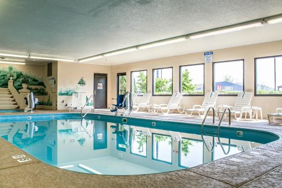 Comfort Inn: Indoor Pool