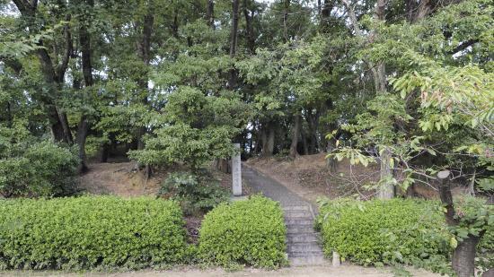 Makino Kurumazuka Tombs