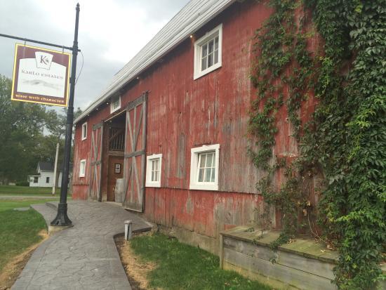 Karlo Estates Winery: photo0.jpg
