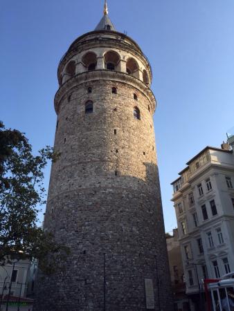 Taksim Metropark Hotel: Torre de Galata