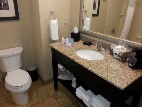 Bathroom Picture Of Hampton Inn And Suites Dodge City Dodge City Tripadvisor