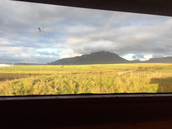 Borgarnes, Islandia: View from the kitchen