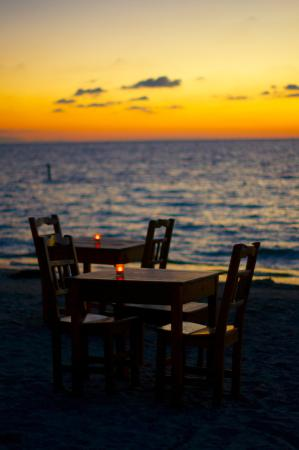 Argentinian Grill: Ambience on the beach