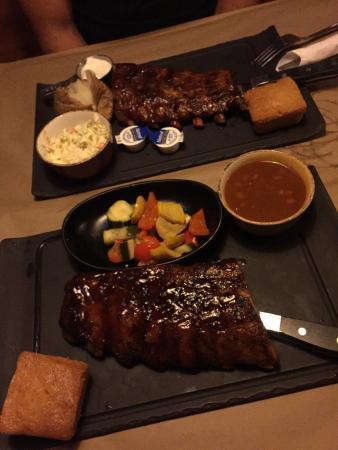 Montana's BBQ & Bar: photo1.jpg