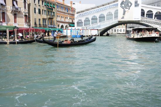 Il Giardino di Giulia : Venice canal