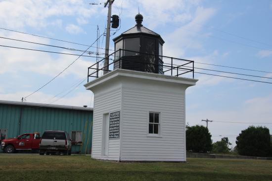 Cape Vincent, estado de Nueva York: Lighthouse on the way to Tibbetts point