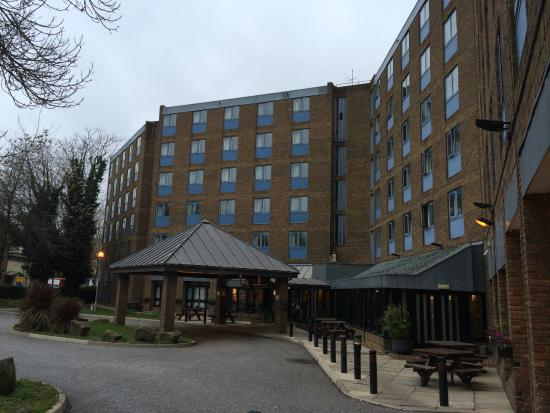 Hotel picture of premier inn london waterloo for Hotels waterloo