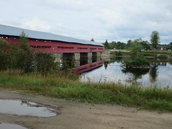Marchand Bridge: view from highway 148