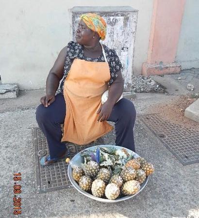 Accra Urban Adventures: Street scene