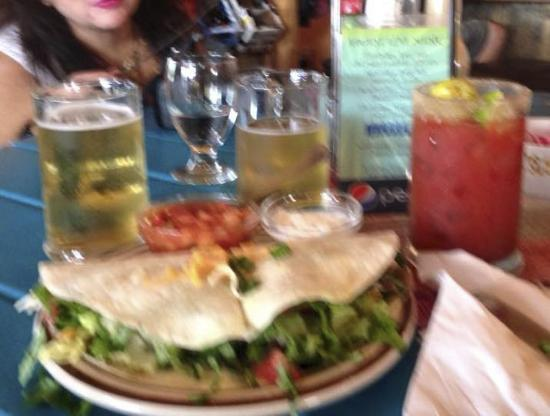 Twin Butte Country General Store: Cold Beer & Best Tasty Beef Taco