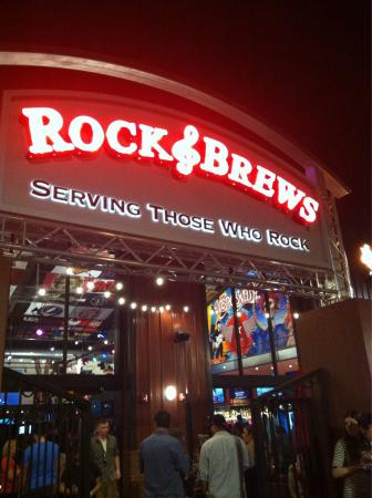 ‪Rock and Brews‬