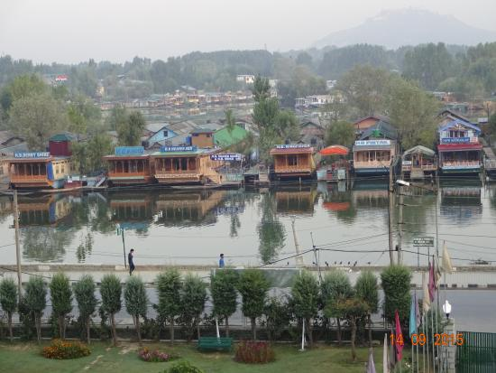 Hotel Heemal View Of Dal Lake From Balcony