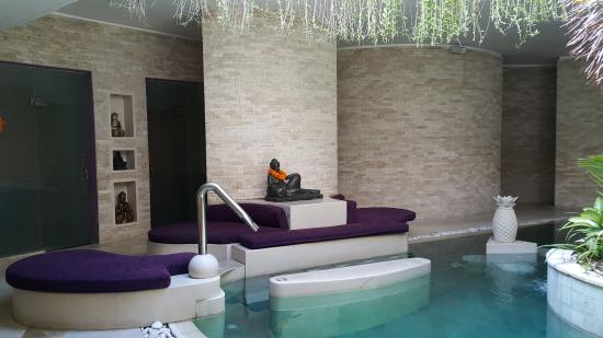 Pullman Legian Hotel Spa and the Hydropool - Picture of Pullman Bali ...