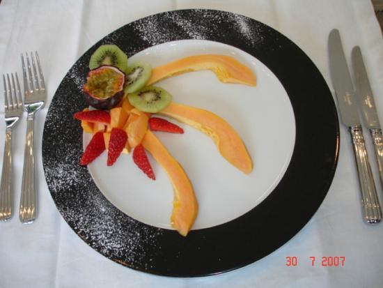 African Dreams : Fruit platter