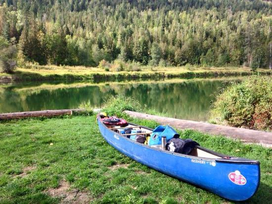Lumby, แคนาดา: Canoe trip