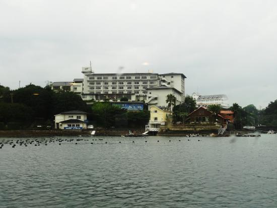 Kashikojima Park Hotel Michishio: 海上から見たホテル