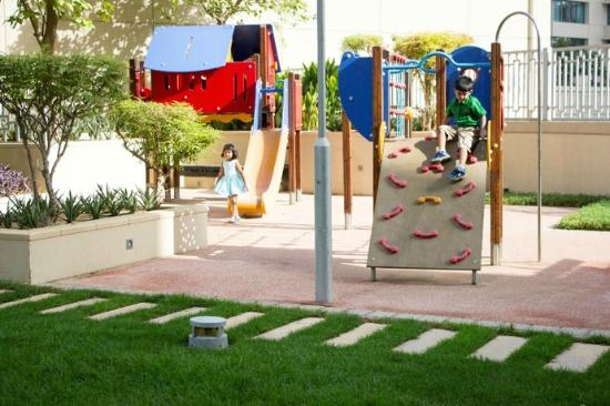 Ramada Downtown Dubai: Kids Outdoor Play Area/Garden