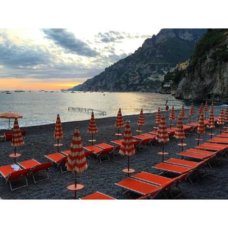 Arienzo Beach Club Boat - Picture of Bagni d\'Arienzo, Positano ...