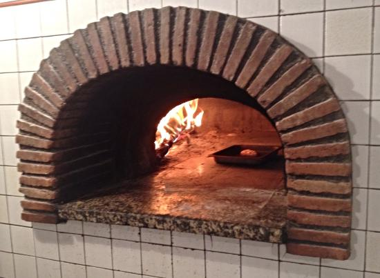 Monte Antico, Italië: Real Wood Oven