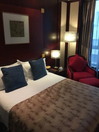 The Bund Hotel: Room 1710