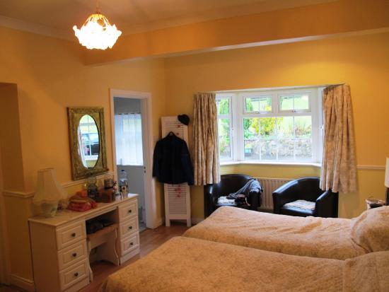 Annamoe, İrlanda: Doppelzimmer mit zwei Bädern/Toiletten