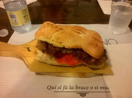 Camino Garibaldi : panino al capocollo