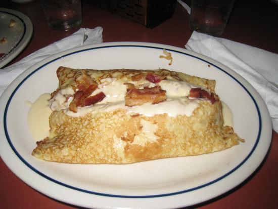 IHOP Restaurant: breakfast crepe