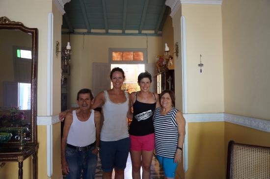 Casa Noemi y Otto: Otto, seine Frau und wir