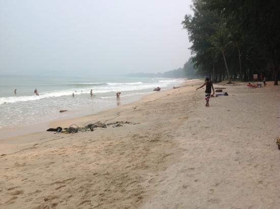 Amora Beach Resort: Bangtao beach