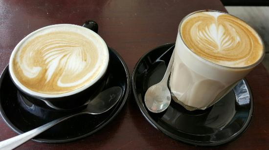 Ave Cucina and Coffee Bar: Skinny Latte & Soy Flat White