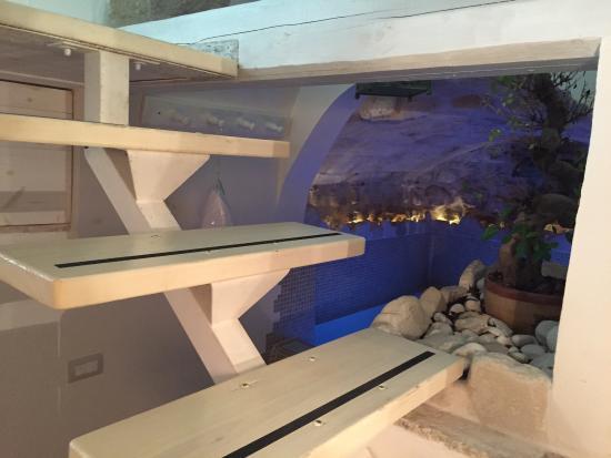 Camera con vasca idromassaggio - Picture of Casetta del Pescatore, Polignano ...