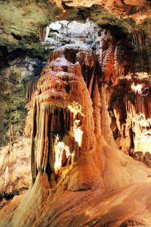 cuevas valporquero - Picture of Cuevas de Valporquero, Valporquero de Torio -...