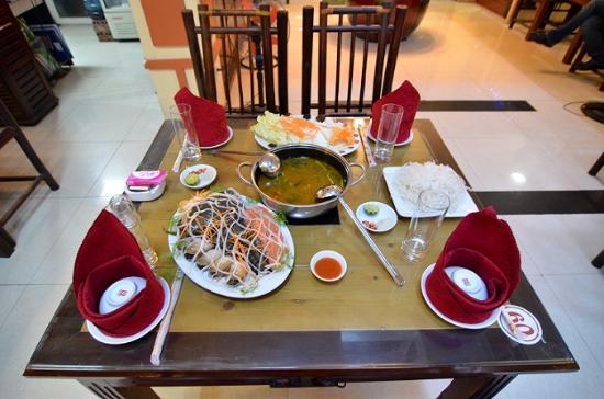 Truc Lam Restaurant