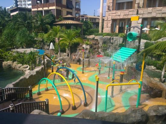 Centara Grand Mirage Beach Resort Pattaya สวนน ำ