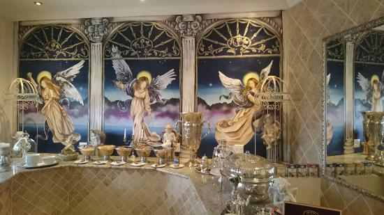 The Angel's Place Boutique Guest House: Beautiful breakfast setting