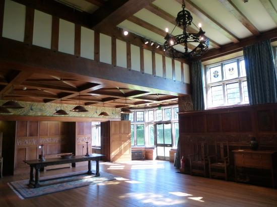 Bowness-on-Windermere, UK: Baronial Hall