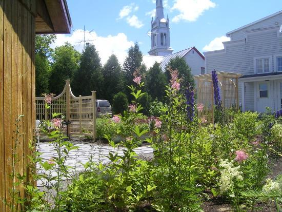 Saint-Ubalde, Canada: Jardin Maison denis