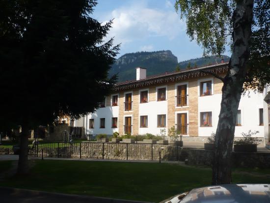 Bobrovec, Slovakia: pohľad na prednú stranu hotela