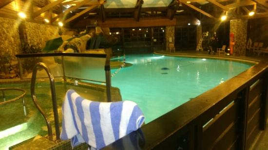 Piscine foto de disney 39 s sequoia lodge coupvray for Hotel sequoia lodge piscine