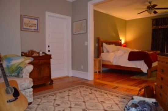 Fig Street Inn: the Boston Harbor Suite