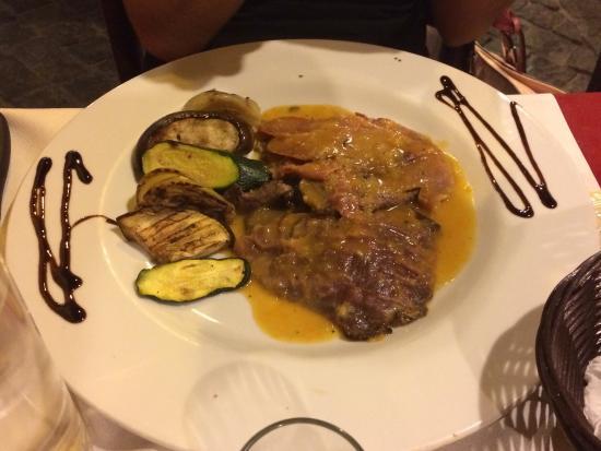 piatti tipici romani cacio e pepe parmigiana saltimbocca